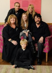 dingle-family-pic